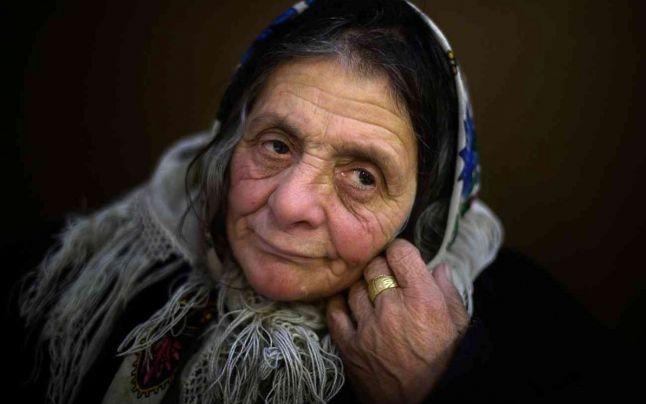 """Destinul de film al cerşetoarei din România rănite în atentatul din Stockholm. Păpuşa Ciuraru, descrisă ca """"o mare supravieţuitoare a secolului XX"""